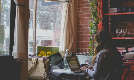 7 Lucrative Location Independent Jobs You Can Do From Anywhere