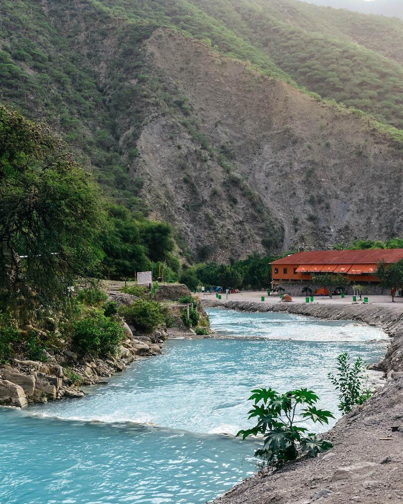 Las Grutas de Tolantongo River
