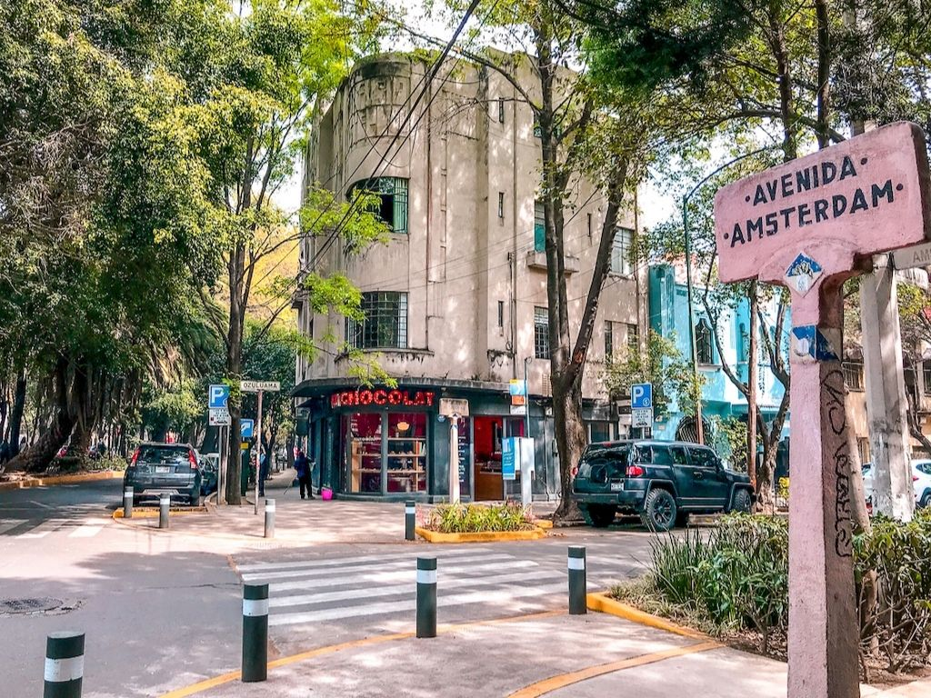 Avenida amsterdam in Mexico City's Condesa neighborhood is a good place to observe Mexico City street style.