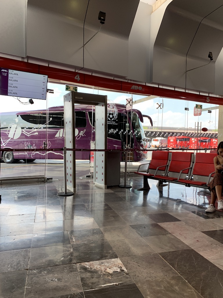 ADO Platino and GL lounge in TAPO Bus Station, Mexico City